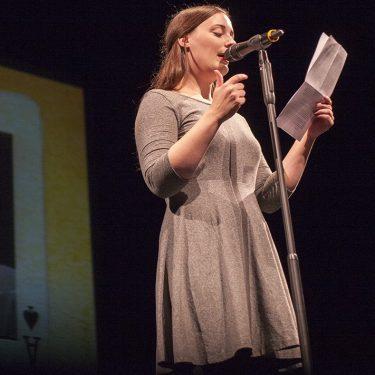 Sandra da Vina auf Bühne, Foto: Anna-Lisa Konrad